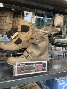 カジュアルっぽく見える安全靴